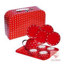 Fém teáskészlet - piros bőrönddel